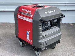 *USED* HONDA EU30is | 3kVA Portable Quiet Inverter/Pure Sine Wave Generator with Electric Start