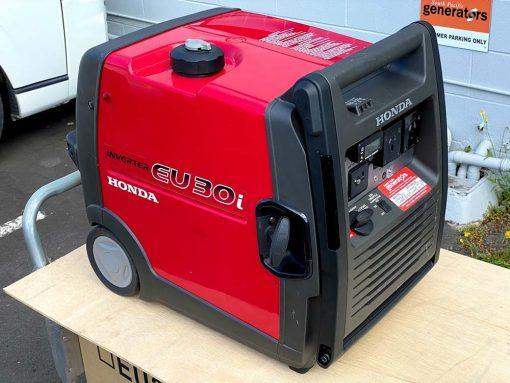 *SECOND HAND* 3kVA Portable Quiet Inverter/Pure Sine Wave Generator with Wheels | HONDA EU30ik