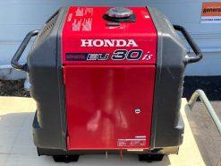 *SECOND HAND* HONDA EU30is | 3kVA Portable Quiet Inverter/Pure Sine Wave Generator with Electric Star | GENERATORshop.co.nz