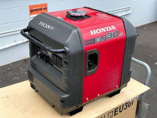SECOND HAND HONDA EU30is | 3kVA Portable Quiet Inverter/Pure Sine Wave Generator with Electric Star | GENERATORshop.co.nz