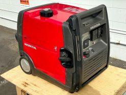 SECOND HAND 3kVA Portable Quiet Inverter/Pure Sine Wave Generator with Wheels | HONDA EU30ik